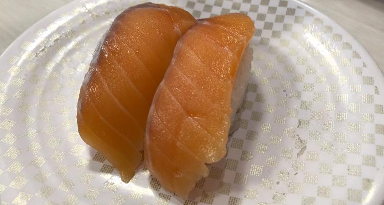 お寿司の定番サーモン
